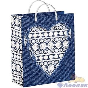 Пакет мягкий пластик с пластик.ручками 24х26   Белое сердце  (40) ТИКО